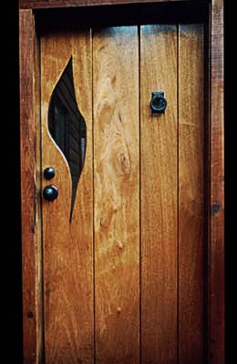 24-Jamestown-Door